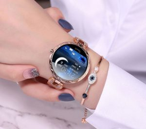 smartwatch woman